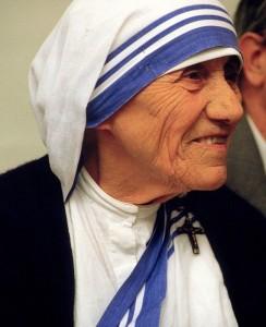 身近なところから愛は始まるのです マザー・テレサ