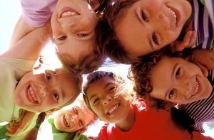 社会的貢献とは幸せそうに笑顔で人に接すること。社会的貢献とは笑顔と愛ある言葉。【斎藤一人】